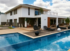 Modern big house with pool and several decks