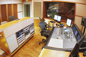 Ask the Experts – What's Needed When Building a Home Recording